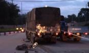 Bình Dương: Xe máy va chạm với xe tải, 1 người tử vong