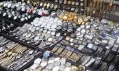 Tiêu dùng 72h: Đồng hồ giả bày bán tràn lan, lực lượng chức năng không dám phát ngôn!