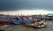 Tin nhanh ngày 14/8: Tâm bão số 4 nằm trên vùng biển Quảng Ninh - Nam Định