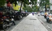 Bản tin Xe Plus: Vỉa hè Thủ đô, đi đúng phần đường người khiếm thị sẽ đâm đầu vào ô tô, xe máy