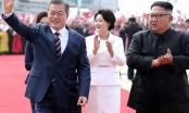 Lãnh đạo Hàn-Triều cùng nhau leo núi thiêng tại Triều Tiên