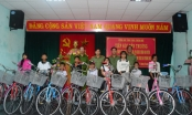 Thừa Thiên Huế: Nhiều phần quà cho trẻ em vùng cao có hoàn cảnh khó khăn nhân dịp trung thu