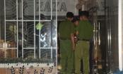 Hơn 14h nghẹt thở vây bắt đối tượng ôm lựu đạn cố thủ trong căn nhà số 128