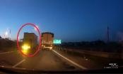 Xe tải đi ngược chiều phóng như bay trên cao tốc Hà Nội - Thái Nguyên