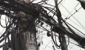 Bình  Dương: Cột điện bốc cháy, người dân hoảng sợ