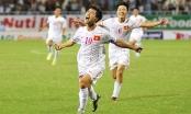 Chiếc áo số 10 - trái tim của đội bóng được trao cho Công Phượng mà không phải Quang Hải