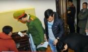 Clip: Khám xét nhà Hưng kính và phòng làm việc của Phó ban quản lý chợ Long Biên
