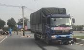 TP HCM: Va chạm với xe tải, nam công nhân tử vong