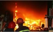Hỏa hoạn bùng phát trong cửa hàng bán giày dép, một người đàn ông cao tuổi tử vong