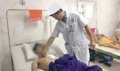 Bệnh viện cứu sống kịp thời thanh niên tự lấy dao đâm thủng tim