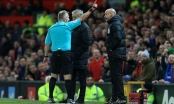 Đá bay chai nước, HLV Mourinho bị đuổi lên khán đài