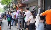 Hà Nội: Xếp hàng mua bánh trung thu truyền thống như thời bao cấp