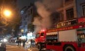 Hà Nội: Cháy lớn tại cửa hàng bán đồ ăn trên đường Đê La Thành