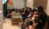 Hưng Yên: 7 cô gái 'thác loạn' với cả chục trai làng lúc 0h