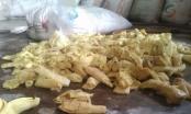 Phát hiện 12 tấn măng ngâm hóa chất nhuộm vải