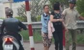 Nhóm dàn cảnh móc túi trước cổng bệnh viện sa lưới