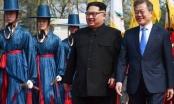 Lãnh đạo hai miền Triều Tiên cùng xem biểu diễn âm nhạc