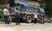 Lào Cai: Xe tải cuốn xe máy vào gầm, một người tử vong