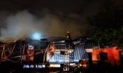 Hà Nội: Siêu thị Thành Đô bị thiêu trụi trong đêm mưa