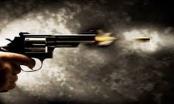 Hà Nội: Hai nhóm thanh niên mâu thuẫn, nổ súng náo loạn cả khu phố trong đêm