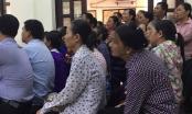 Người dân ngồi chật kín phiên tòa Chủ tịch xã Hoàng Diệu bị khởi kiện