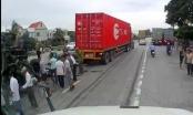 Ít nhất 5 người thiệt mạng vì đứng xem tai nạn giao thông tại Hải Dương