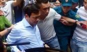 Xét xử vụ Nguyễn Hữu Linh nựng bé gái trong thang máy, an ninh được thặt chặt ngay tại tòa