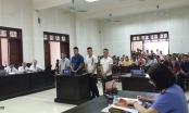 Kỳ án cố ý gây thương tích ở Quảng Ninh: Người dân ngồi chật cứng trong phòng xử án