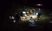 Xe máy va chạm với xe đầu kéo, ba người tử vong thương tâm