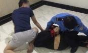 Hoá trang thành bảo vệ, công an bắt bắt kẻ mang 32 túi ma túy tại Hà Nội