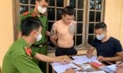 Bắt đối tượng xăm trổ tàng trữ trái phép chất ma tuý ở Quảng Bình
