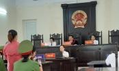 """Xét xử vụ án lừa đảo chiếm đọat tại Bắc Kạn: Chủ toạ phiên toà có đang """"lạm quyền"""" làm trái pháp luật?"""
