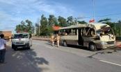 Quảng Ninh: Tai nạn nghiêm trọng giữa xe khách và xe tải, 2 người bị thương nặng