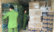 Quảng Bình: Bắt số lượng hàng lậu khủng đi tiêu thụ bằng xe khách giường nằm