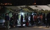 Hàng trăm người chờ xếp hàng khai báo y tế để vào Quảng Ninh trong đêm