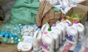 Hà Nội: Bắt số lượng khủng nước giặt, xả vải giả mạo nhãn hiệu