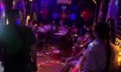 Hà Nội: Bắt quả tang 13 nam thanh, nữ tú tổ chức tiệc ma túy giữa mùa dịch