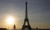 Paris tắt đèn tháp Eiffel ủng hộ người dân Aleppo
