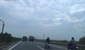 Người dân vẫn đánh cược tính mạng khi đi vào cao tốc Hà Nội - Bắc Giang