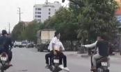 [Clip]: Phẫn nộ với nhóm Sửu nhi đi xe máy lạng lách, đánh võng trên đường