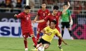 Video: Cầu thủ Malaysia vào bóng kiểu triệt hạ cầu thủ ĐT Việt Nam