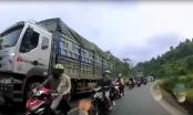 [Clip]: Đoàn phượt thủ lấn làn suýt tông vào ô tô đi ngược chiều