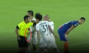 FAT xóa án phạt cho cầu thủ đấm trọng tài để tham dự King's Cup