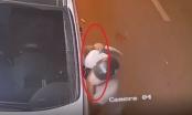 [Clip]: Tên trộm cuỗm đôi gương trong nháy mắt