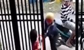 [Clip]: Đôi nam nữ táo tợn cướp điện thoại của bé gái trước cửa nhà