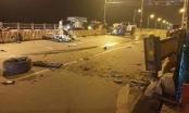 Xe bán tải tông vào dải phân cách trên cầu Vĩnh Tuy khiến 1 người tử vong