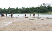 Xót xa tìm thấy thi thể 3 học sinh trên dòng sông Lam