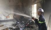 Khói lửa bốc lên nghi ngút trong trường, giáo viên hốt hoảng báo công an