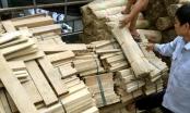 Bắt xe tải chở 10 tấn gỗ lậu làm tăm tre trong đêm