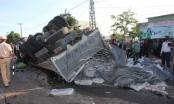 Xe chở quá tải gây tai nạn thảm khốc khiến 13 người chết tại Gia Lai